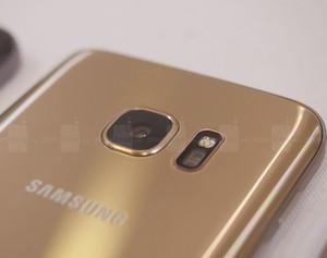 S7-Camera.jpg
