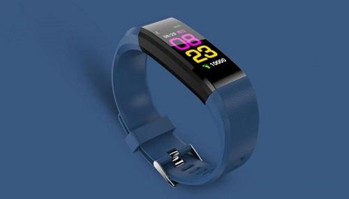 115Plus-Fitness-Tracker-696x398.jpg